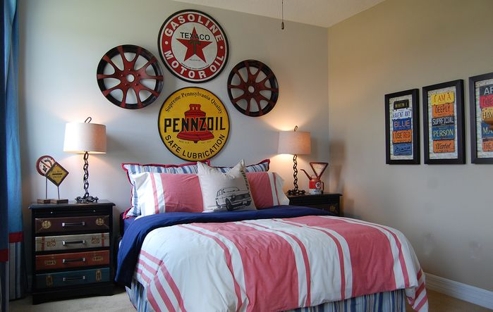 vintage+auto-inspired+kids+room