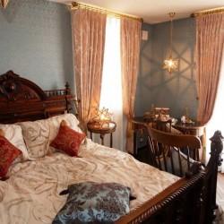 ベッドルームのカーテン