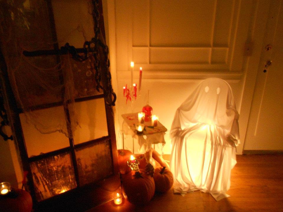 Halloween-interior-decorating-themes1