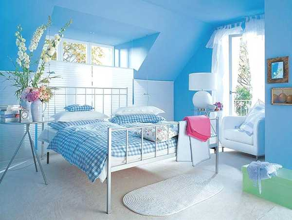 endearing-bedroom-design-blue-light-blue-bedroom-colors-22-calming-bedroom-decorating-ideas